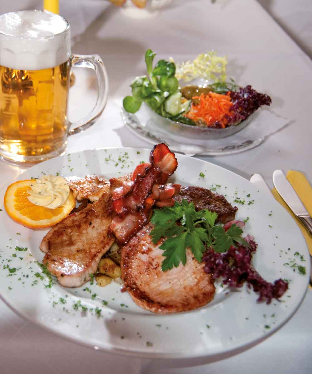 Beim Mini Restaurant in Kruen Grillteller
